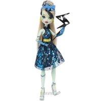 Куклу Mattel Monster High Френки Штейн Танец без страха (DNX34)